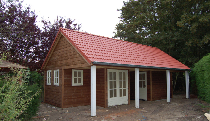 Olympa Houtbouw - Voorbeelden houten tuinhuis 1