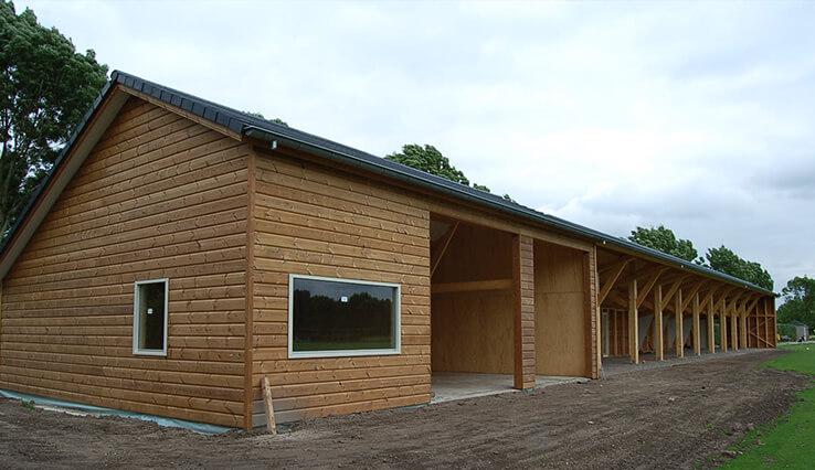 Olympa Houtbouw voorbeeld houten Stal
